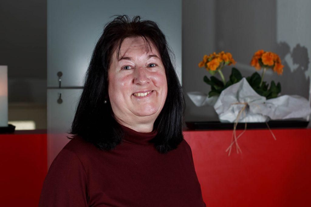 Christine Kneidl, Pfarrbüro