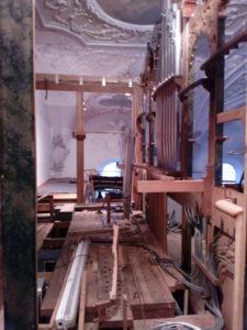 Orgelrenovierung Inningen – hinter der Orgel