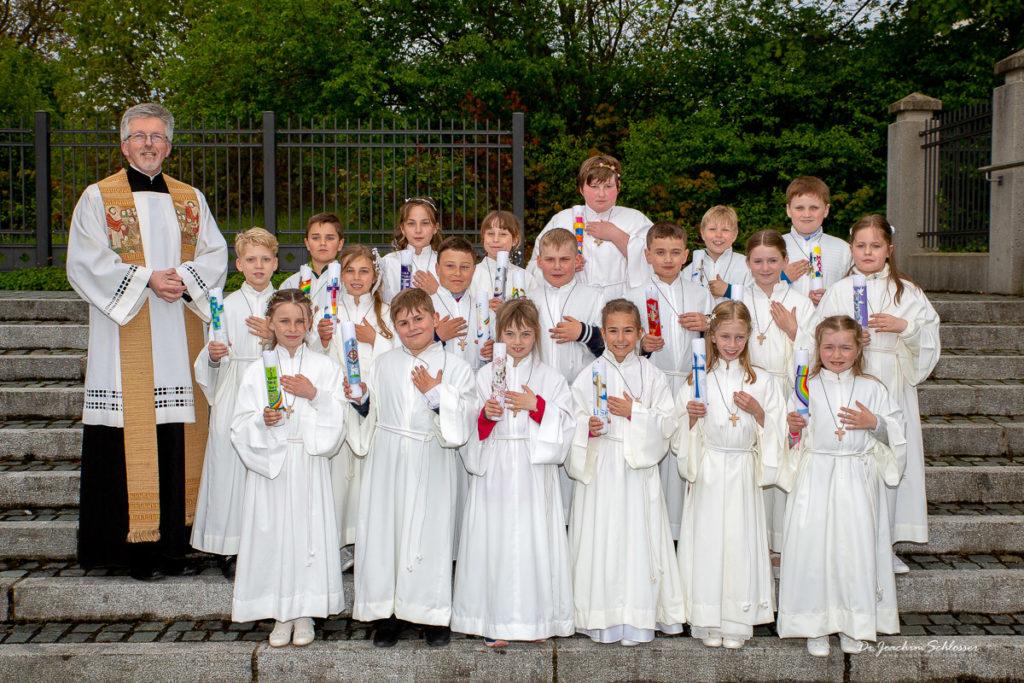 Gruppenfoto Erstkommunion 2019 St. Peter und Paul